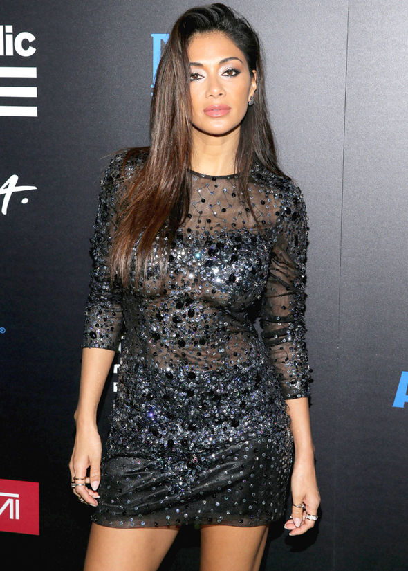 Grammys-2017-Nicole-Scherzinger-sideboob-after-party-827163