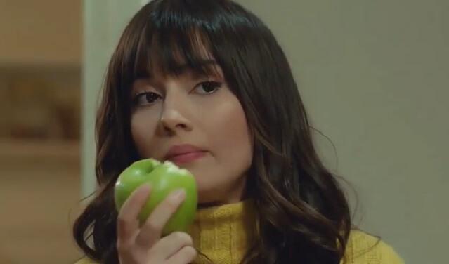سودا ارگنجی_ در نقش زینب_ سریال سیب ممنوعه