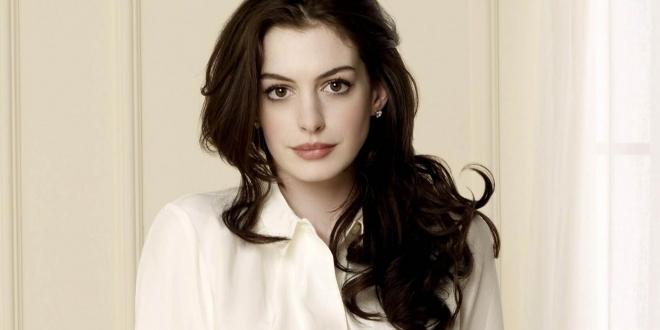 Anne-Hathaway0