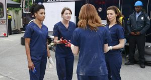 """GREY'S ANATOMY - """"Time Stops"""" - The doctors of Grey Sloane Memorial Hospital are forced to put their emotions aside when a catastrophic event occurs, on """"Grey's Anatomy,"""" THURSDAY, MAY 7 (8:00-9:00 p.m., ET) on the ABC Television Network. (ABC/Mitchell Haaseth) KELLY MCCREARY, ELLEN POMPEO, SARAH DREW, CATERINA SCORSONE"""